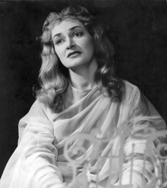Hoffmann meséi - Antónia
