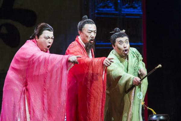 A három miniszter: Göng Csö (Ping), Li Hsziang (Pang) és Liu Ji-ran (Pong) (fotó: Pályi Zsófia / Budapesti Tavaszi Fesztivál)