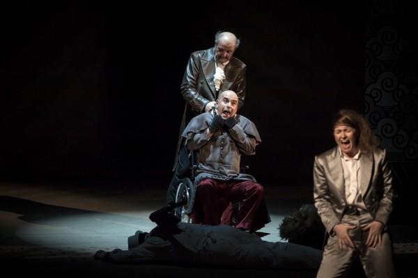 Gurbán János (zenetanár), Megyesi Zoltán (táncmester) és Vizin Viktória (komponista) (fotó: Vermes Tibor)
