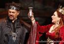Opera négy felvonásban, tíz részben