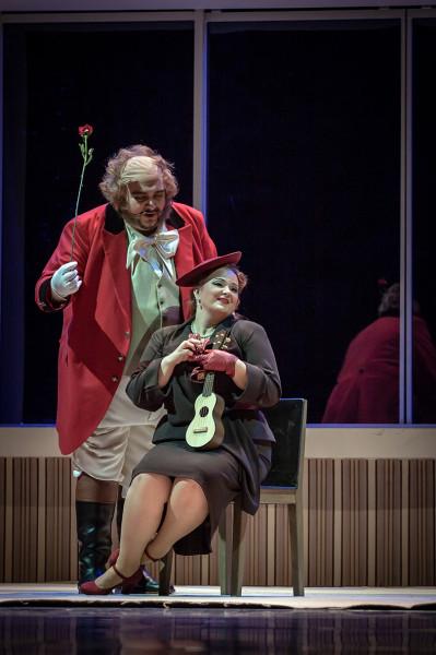 Alice és Ford: Fodor Beatrix és Kiril Manolov (fotó: Vermes Tibor)