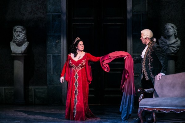 Tosca és Scarpia: Boross Csilla és Kálmándi Mihály (fotó: Nagy Attila)
