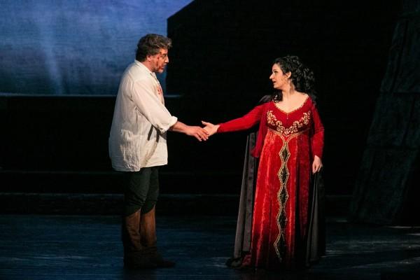 Tosca és Cavaradossi: Boross Csilla és José Cura (fotó: Nagy Attila)