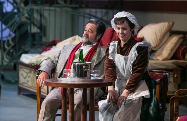 Octavian és Ochs báró: Mester Viktória és Kurt Rydl (fotó: Magyar Állami Operaház)