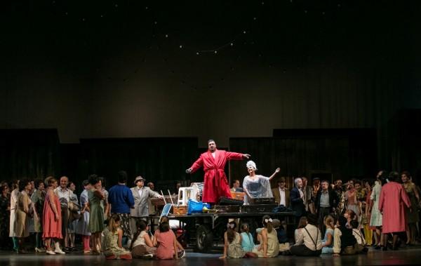 Jelenet a Bajazzók előadásából (fotó: Csibi Szilvia, Herman Péter / Magyar Állami Operaház)
