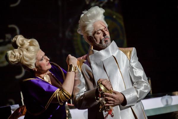 Fricka és Wotan: Németh Judit és Kálmándi Mihály (fotó: Vermes Tibor)