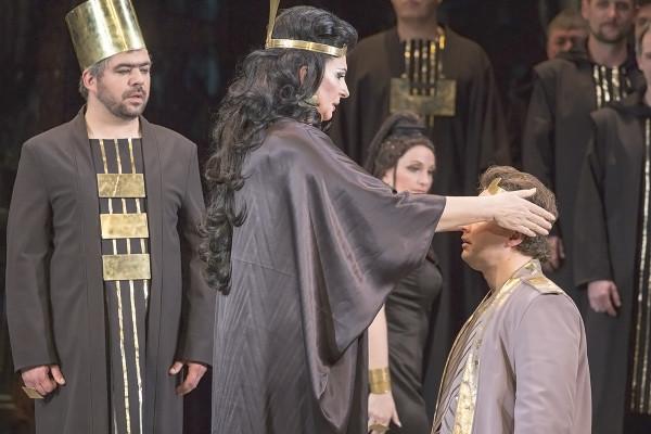 Amneris és Radames (Komlósi Ildikó és Fekete Attila)