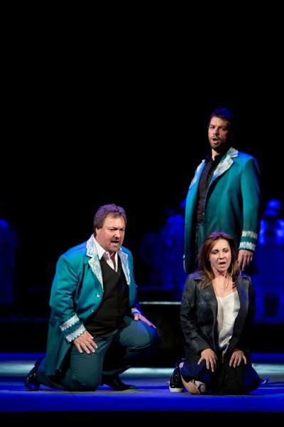 Margit, Faust és Mefisztó: Rost Andrea, Dario Schmunck és Bretz Gábor (fotó: Rákossy Péter / Magyar Állami Operaház)