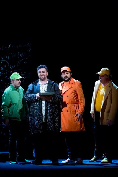 Faust (Szegedi Csaba) és a krakkói diákok (fotó: Magyar Állami Operaház)