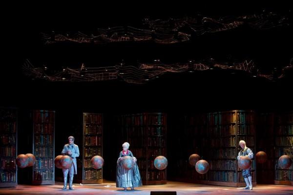 A de La Force-család: Bocsér Gergely, Létay Kiss Gabriella és Fokanov Anatolij (fotó: Magyar Állami Operaház)