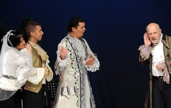 A titkos házasság: Geszthy Veronika, Kiss Tivadar, Egyházi Géza és Ürmössy Imre (fotó: Szkárossy Zsuzsa / Budapesti Nyári Fesztivál)