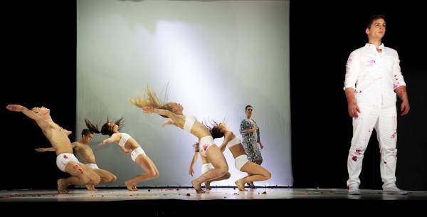 Jelenet az előadásból (fotó: Felvégi Andrea / CAFe Budapest)
