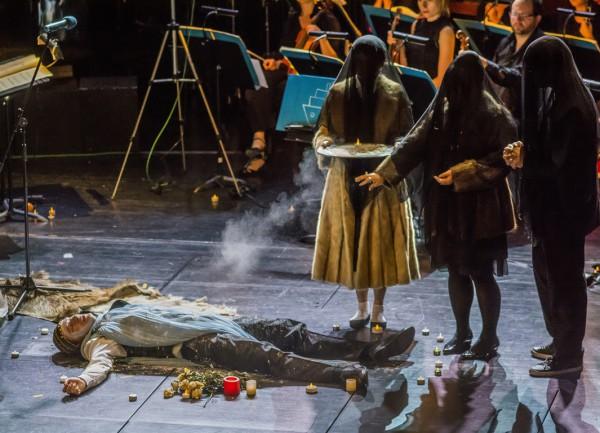 Jelenet a Satyricon című előadásból (fotó: Felvégi Andrea / Zeneakadémia)