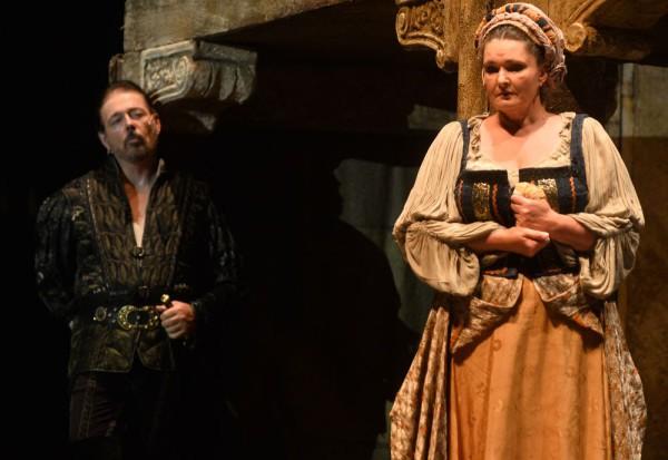Jago és Emilia: Kálmándi Mihály és Németh Judit (fotó: Éder Vera)