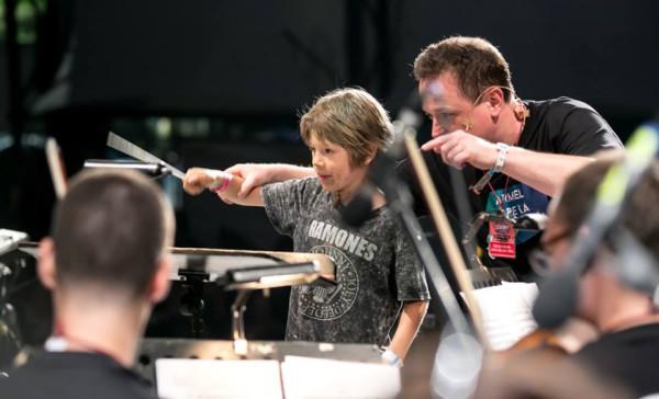 Vajda Gergely és az egyik ifjú karmesterjelölt (fotó: Armel Operafesztivál)