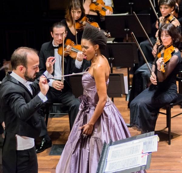 Pumeza Matshikiza és Hámori Máté (fotó: Felvégi Andrea / Budapesti Tavaszi Fesztivál)