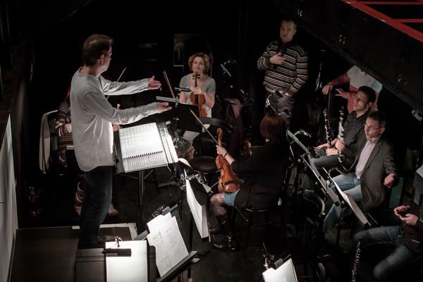 Oberfrank Péter és a zenekar (fotó: Vermes Tibor)