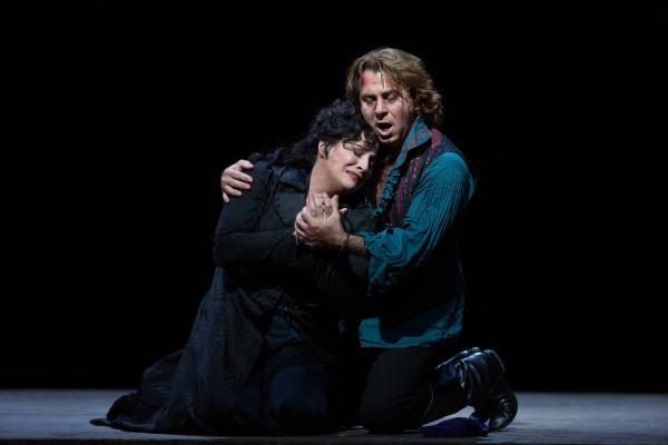 Patricia Racette és Roberto Alagna (fotó: Marty Sohl)