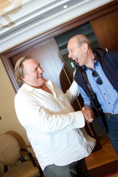 Gérard Depardieu is színre lép Gérard Depardieu és Harangozó Gyula (fotó: Szegedi Szabadtéri Játékok)