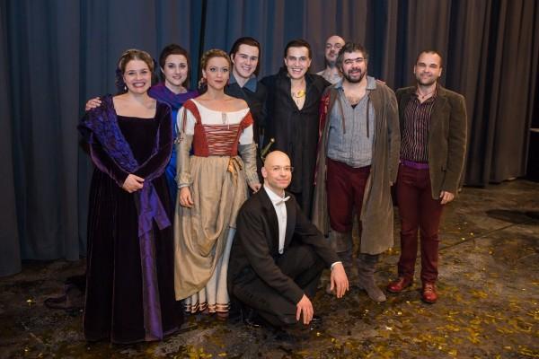 Az előadás közreműködői, középen Erwin Schrott (fotó: Nagy Attila / Magyar Állami Operaház)