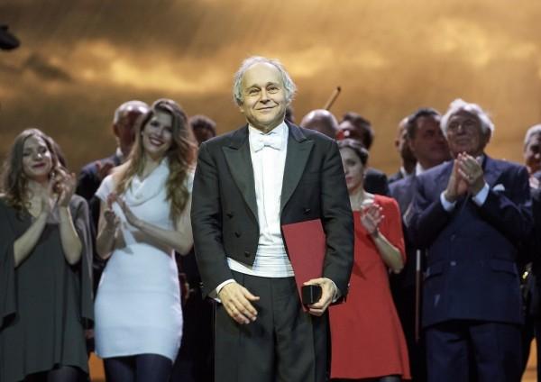 Fischer Ádám a Staatsoper színpadán (fotó: Michael Pöhn / Wiener Staatsoper)