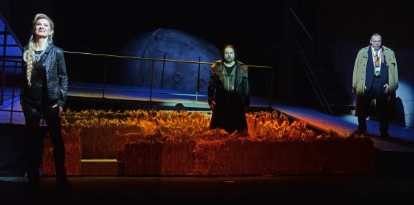 Részlet a miskolci Bolygó hollandiból (fotó: Éder Vera)