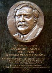 Márkus László emléktáblája