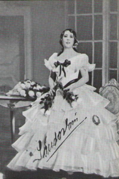 Violetta szerepében
