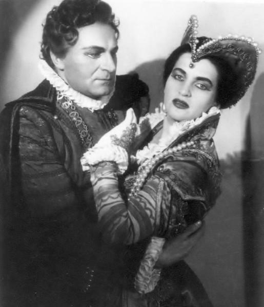 Mátyás Máriával a Don Carlosban