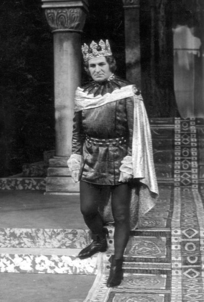 V. Lászlóként a Csokonai Színházban