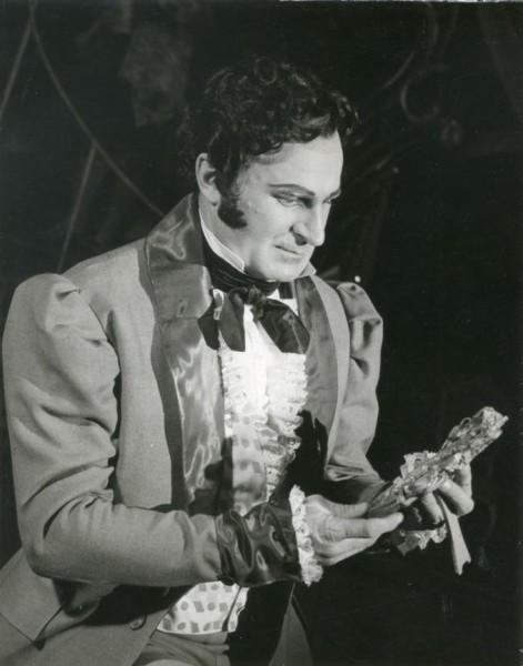 Hoffmann szerepében