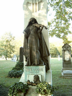 Sírja a Kerepesi temetőben (Fotó: Dr. Varga József)