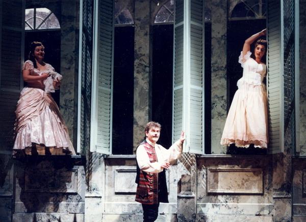 A Figaro házasságában Bátori Évával és Fülöp Zsuzsannával (Fotó: Mezey Béla)