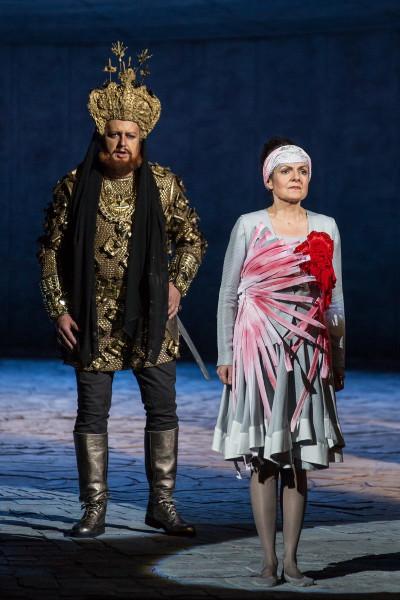 Markovics Erikával Az árnyék nélküli asszonyban (fotó: Magyar Állami Operaház)