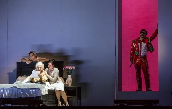 Szerelem - jelenet az előadásból (fotó: Magyar Állami Operaház)