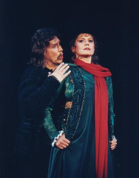 Csavlek Etelka (Csáky Laura) és Bándi János (Dózsa) a 4. felvonásban (fotó: Mezey Béla)
