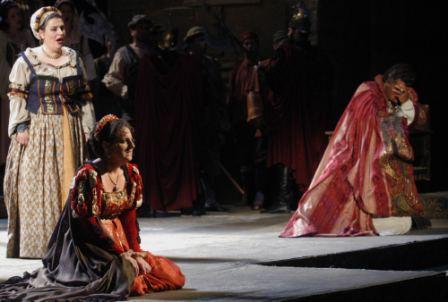 Fodor Gabriella Desdemona szerepében (fotó: Éder Vera / Magyar Állami Operaház)