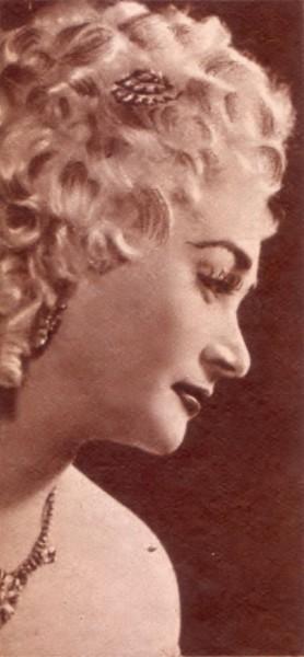 Manon szerepében Szegeden