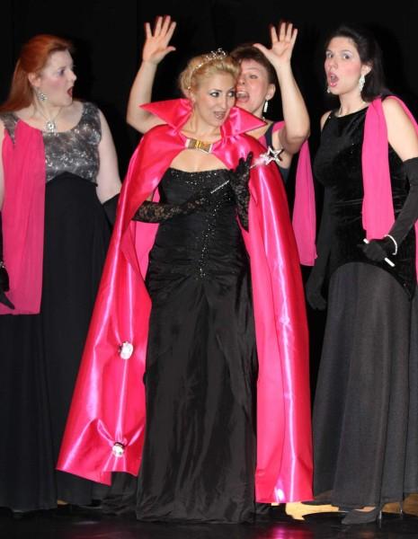 A dámákkal - Gál Judit, Rácz Rita és Laczák Boglárka (Bel Canto Társaság)