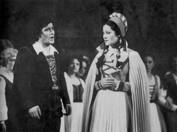 Faust Pitti Katalinnal
