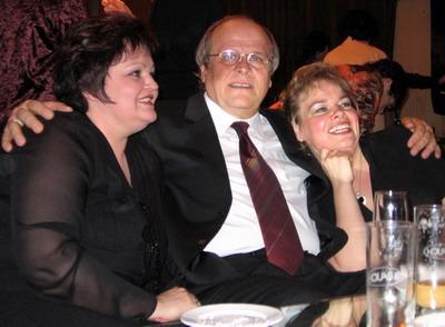 Születésnap a FÉSZEK-ben Szabóki Tündével és Wiedemann Bernadettel (Fotó: Konyha Katalin)