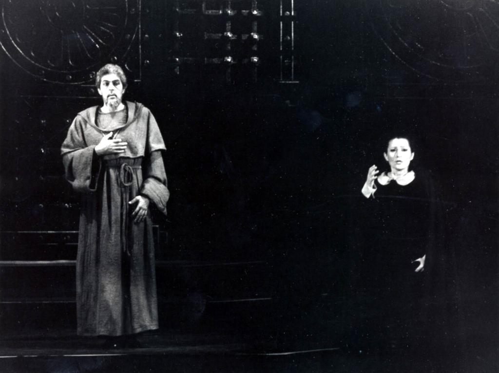 Gvardián-Leonóra duett Polgár Lászlóval, 1990 (Fotó: Mezey Béla)
