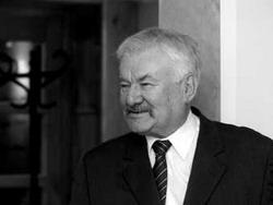 PetrovicsEmil