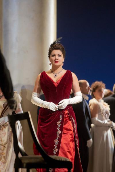 Anna Netrebko Tatjána szerepében (fotó: Ken Howard)