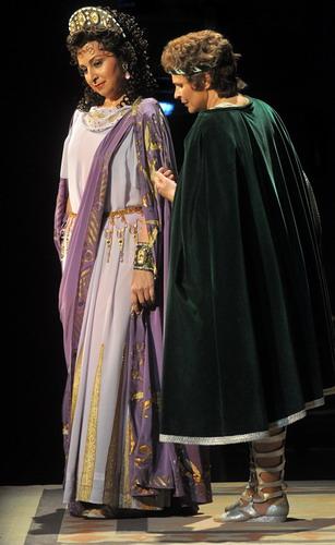 Eva Mei és Ruxandra Donose
