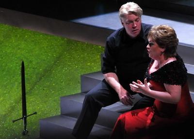 Susan Bullock és Stig Andersen