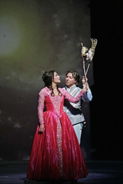 Júlia és Rómeó: Anna Netrebko és Roberto Alagna (fotó: Ken Howard)