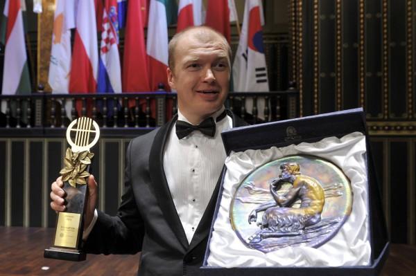 Alexander Roszlavec a II. nemzetközi Marton Éva Énekverseny eredményhirdetésén (fotó: Kovács Attila / MTI)