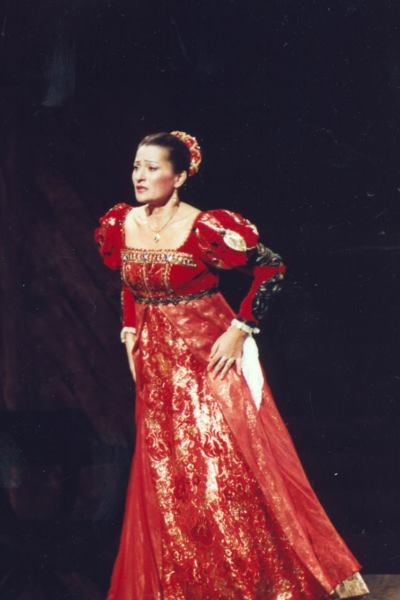 Desdemona az Otellóban (Fotó: Éder Vera)