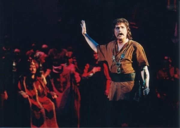 Bándi János Dózsa György szerepében az Erkel Színház 1994-es előadásán (fotó: Mezey Béla)